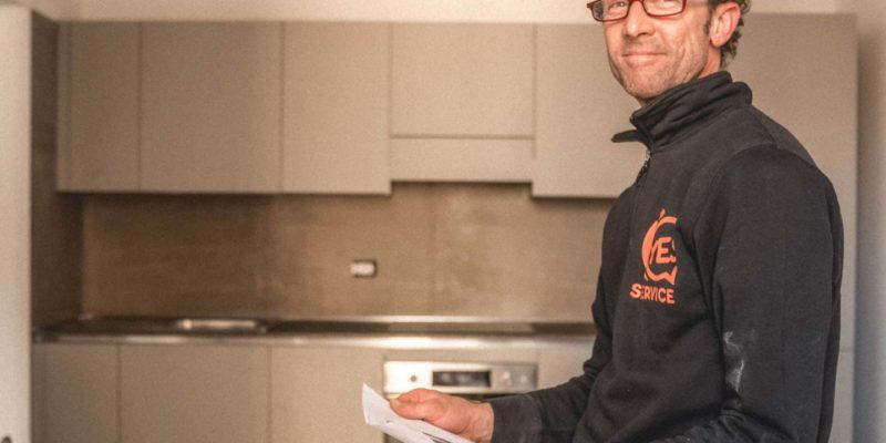 Montaggio mobili cucina: perché affidarsi a un professionista